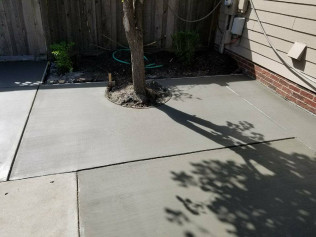 CONCRETE PATIO  Lincoln, NE